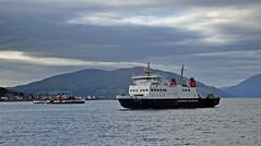 Size Doesn't Matter (Bricheno) Tags: calmac ferry paddle steamer waverley rothesay bute isleofbute paddlesteamer bricheno scotland escocia schottland écosse scozia escòcia szkocja scoția 蘇格蘭 स्कॉटलैंड σκωτία