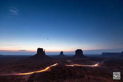Dawn Drive (postscriptphoto) Tags: monumentvalley arizona buttes mesas stars dawn desert