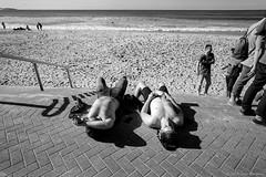 chilling out, Manly beach 2018  #983 (lynnb's snaps) Tags: 201807 35mm manly xtol bw blackandwhite film leicaiiif leicafilmphotography rangefinderphotography cv21mmf4colorskoparltm ilfordfp4 kodakxtoldeveloper manlybeach sydney australia bianconegro bianconero blackwhite biancoenero blancoynegro noiretblanc schwarzweis monochrome ishootfilm sunny beach coast men boys sleeping humour