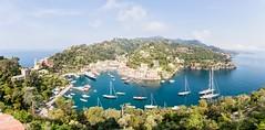 Portofino [Italy] (Vins 64) Tags: italy italia italie portofino panorama landscape boat sea mer panoramic