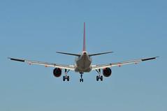 'U231PZ' (U20802) EDI-LGW (A380spotter) Tags: approach arrival landing finals shortfinals threshold airbus a319 100 gezac easyjetairline ezy u2 u231pz u20802 edilgw runway26l 26l london gatwick egkk lgw