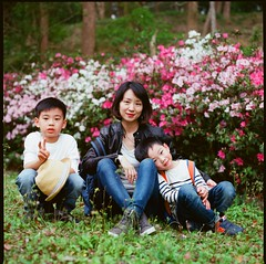 000913060001 (Steven Tsai (正港蔡爸)) Tags: hasselblad501c hasselblad planar135f100mm fujifilmpro160ns mediumformat analog film filmphotography