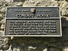 Conduit House, Commercial Road, Southampton (John D McDonald) Tags: thepolygon polygonsouthampton conduithouse waterhouse commercialroad england britain greatbritain wessex geotagged iphone iphone7plus appleiphone appleiphone7plus