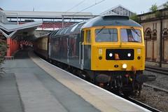 "Caledonian Sleeper Class 47/7, 47727 ""Edinburgh Castle / Caisteal Dhun Eideann"" (37190 ""Dalzell"") Tags: cs caledoniansleeper darkblue midnightteal gbrf gbrailfreight hectorgroup railnet brush sulzer type4 duff spoon class47 class477 47727 edinburghcastlecaistealdhuneideann 47569 47047 d1629 chartertrain railtour crewe"