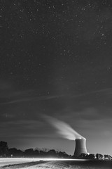 Starry night (Notkalvin) Tags: davisbessenuclearfacility ohio nuclear davisbesse coolingtower nuclearplant electricity energy steam stars night longexposure starrysky glow blackandwhite photography photo nopeople outdoors cleanenergy route2 evening clear tripod