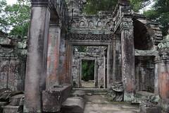 Angkor: Preah Khan (Яeиée) Tags: angkorvat angkorthom sanctuaire cambodge asie temples preahkhan taprohm siemreap baphuon bayon angkor khmer architecture patrimoines angkorlamerveilleuse banteaysrei bouddhisme hindouisme fromager takeo phimeanakas banian
