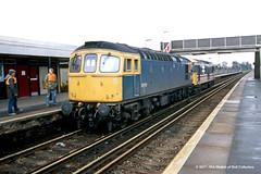 c.01/1987 - Rainham, Kent. (53A Models) Tags: britishrail class33 33053 diesel intercity class73 electrodiesel rainham kent train railway locomotive railroad