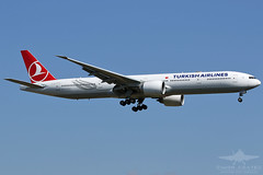 TC-LKC B77W TURKISH AIRLINES (QFA744) Tags: tclkc b77w turkish airlines