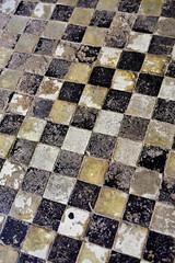 Suelo Alcazaba (La nesto de la lango) Tags: alcazaba abstracta azulejo suelo málaga floor abstract