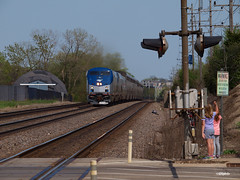 180508_12_AMTK24_3Westmont (AgentADQ) Tags: westmont illinois chicago bnsf raceway train trains metra station