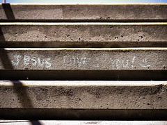 Chalk message (photogmikey) Tags: christianity religion jesus smiley concrete stairs art chalk message