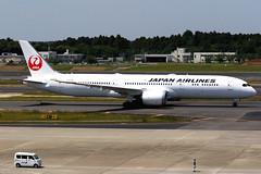 Japan Airlines | Boeing 787-9 | JA870J | Tokyo Narita (Dennis HKG) Tags: aircraft airplane airport plane planespotting oneworld canon 7d tokyo narita rjaa nrt 70200 japanairlines jal jl japan boeing 787 7879 boeing787 boeing7879 dreamliner ja870j