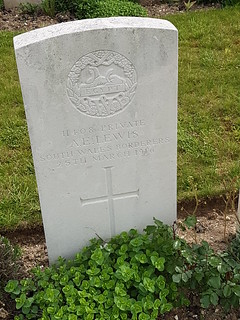 CWGC Private A E Lewis, South Wales Borderers.