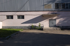. (_ИГ) Tags: ds2 shadows doors plusc modern plusb geo