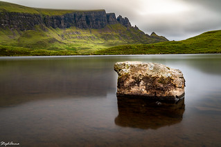 Loch Cleat - isolated stone