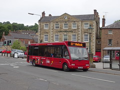 trent barton 446 Cromford (Guy Arab UF) Tags: trent barton 446 fe02kdn optare solo m920 bus cromford market place little sixes derbyshire wellglade buses wellgladegroup