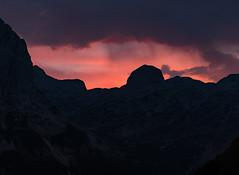 Šmarjetna glava (happy.apple) Tags: starafužina radovljica slovenia si šmarjetnaglava evening sunset clouds slovenija alps julianalps julijskealpe summer mountains dusk geotagged