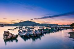 黎明將至(DSC_5757) (nans0410(busy)) Tags: taiwan newtaipeicity baliwharf balidistrict sunrise dawn boat scenery outdoors sky bluetime dock port 台灣 新北市 八里區 八里渡船頭 晨曦 藍色時光