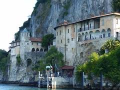 Sur le lago Maggiore...Ermitage Santa Catarina (Portocéan) Tags: italie italia turin torino barolo piémont lacmajeur lagomaggiore langhe