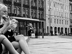 slide (T.jons) Tags: skater sandwich lunch bw copenhagen