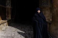 Iran I Teheran  Dec I 2016 (Plasaosa) Tags: aprobado iran teheran travel travelling travelphotography persia photojournalism photo woman photography fujifilm fuji x100t fujifilmx100t fujix100t 23mm 35mm