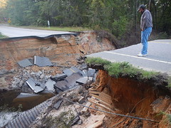 161013-A-CE999-100 (FortBraggParaglide) Tags: savannahdistrict savannahcorps structural engineer engineering fortbragg hurricanematthew flooding damage wind military army usace usarmycorpsofengineers fayetteville northcarolina storm savannah unitedstates us