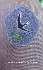 Voa nº66 (Canela Cheia) Tags: fly voa acessorios algodão andorinha andorinhas arte artesanato brooch brooches criatividade criativity eco fabric fashion freedom handicraft handicraftbrooches handmade liberdade moda pregadeira retalhos reusable reuse reutilizar reutilizavel reutilização semdesperdício slowfashion sustentável swallow swallows tecido upcycle usableart vidanova zerodesperdício zerolixo zerowaste
