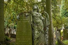 Centrale begraafplaats Brugge (jolandavanwoerkom1) Tags: begraafplaats familygrave familiegraf brugge
