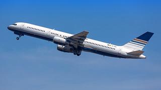 Privilege Style Boeing B757-2  EC-HDS