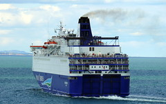 18 08 10 Oscar Wilde departing Rossalre  (6) (pghcork) Tags: oscarwilde rosslare ferry ferries carferry irishferries ireland wexford