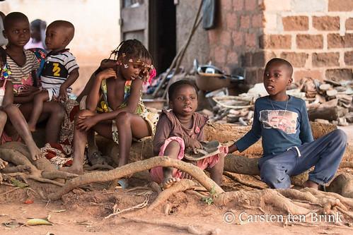 Baoulé children