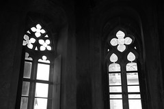 Windows (Jungle_Boy) Tags: windows window tower gothic medieval blackandwhite bw slovakia europe centraleurope easterneurope travel 2018 kosice košice