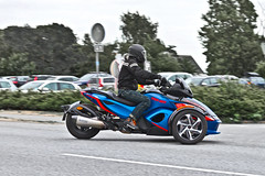 BRP Can-Am Spyder RS S (7605) (Le Photiste) Tags: clay brpincbombardierrecreationalproductsvalcourtquebeccanada brpcanamspyderrs brpcanamspyderrsrotax canadianmotorcycle canadianthreewheeler oddvehicle oddtransport rarevehicle swedishseries smygehuksweden sweden afeastformyeyes aphotographersview autofocus artisticimpressions alltypesoftransport blinkagain beautifulcapture bestpeople'schoice bloodsweatandgear gearheads creativeimpuls cazadoresdeimágenes canonflickraward digifotopro damncoolphotographers digitalcreations django'smaster friendsforever finegold fairplay greatphotographers groupecharlie peacetookovermyheart perfectview hairygitselite ineffable infinitexposure iqimagequality interesting inmyeyes livingwithmultiplesclerosisms lovelyflickr lovelyshot myfriendspictures mastersofcreativephotography niceasitgets photographers prophoto photographicworld planetearthtransport photomix soe simplysuperb saariysqualitypictures slowride showcaseimages simplythebest simplybecause thebestshot thepitstopshop themachines transportofallkinds theredgroup thelooklevel1red vividstriking wheelsanythingthatrolls wow worldofdetails yourbestoftoday threewheeler smygehamnsweden skanesweden simplyblue