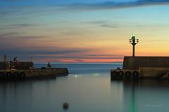 六塊厝漁港 (Lavender0302) Tags: 夕陽 六塊厝 屯山 淡水 新北市 台灣 taiwan sunset carlzeissplanar t 1750 cymount