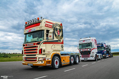 Dutch Style Boys | SCANIA (martin_king.photo) Tags: dutchstyle boys scania scaniav8 oldschool trucks friends clouds sky cloudyday today photo truckarenašikland šikland vysocina highlands onway great day czechrepublic huge tschechischerepublik powerfull martinkingphoto machines martin king strong machine big greatday lukalskralphotocz dynastyphotography work fans truckfans dutch road scaniapower scaniavabis truck trucker truckertreffen truckmeeting show