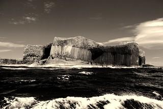 Staffa - Black and White