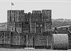 Dover Castle from the fields (Paul @ Doverpast.co.uk) Tags: dover castle from fields eh english heritage crop crops field landscape kent uk england