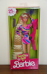 Totally Hair™ 25th Anniversary Barbie® Doll (Tamara Tarasiewicz) Tags: barbie doll totallyhair 25thanniversary mattel collector superstar mint hairaccessories comb colorful outfit collection museum