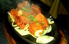 Chicken Shashlik Sizzler (Tony Worrall) Tags: add tag ©2018tonyworrall images photos photograff things uk england food foodie grub eat eaten taste tasty cook cooked iatethis foodporn foodpictures picturesoffood dish dishes menu plate plated made ingrediants nice flavour foodophile x yummy make tasted meal nutritional freshtaste foodstuff cuisine nourishment nutriments provisions ration refreshment store sustenance fare foodstuffs meals snacks bites chow cookery diet eatable fodder chicken shashlik sizzler spice asian curry steam