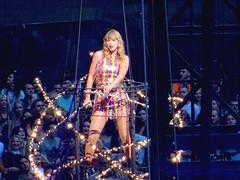 Taylor Swift ~ Reputation Stadium Tour 2018...... (law_keven) Tags: taylorswift music livemusic london england wembley wembleystadium reputationstadiumtour reputation singer woman people stadium