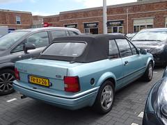 FORD ESCORT XR3i CABRIO FR-XJ-26 1989 / 1992 bij buurtsuper Apeldoorn (willemalink) Tags: ford escort cabrio frxj26 1989 1992 bij buurtsuper apeldoorn xr3i