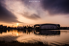 Atardecer Villa María (NatyCeballos) Tags: atardecer sunset sun villamaria nikond7000 airelibre horadorada rio anfiteatro puestadesol lecoucherdusoleil crepuscule crepusculo