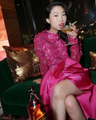 Awkwafina 'Crazy Rich Asians' after party 4Chion Lifestyle (4chionlifestyle) Tags: awkwafina 'crazyrichasians' premiere redcarpet wearing style avoyer magyan makeup kirin bhatty hair bobby eliot dress reem acra jewelry le vian diamond ruby ring david webb clutch jimmy choo shoes giuseppe zanotti 4chionstyle celebritystyle fashion