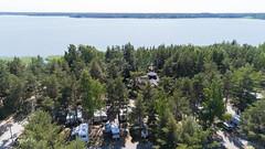 DJI_0294.jpg (pka78-2) Tags: archipelago summer airphoto ocean dji finland camping uusikaupunki motorhome boat aerialphoto sea visitfinland rairanta southwestfinland fi