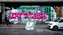HH-Graffiti 3757 (cmdpirx) Tags: hamburg germany graffiti spray can street art hiphop reclaim your city aerosol paint colour mural piece throwup bombing painting fatcap style character chari farbe spraydose crew kru artist outline wallporn train benching panel wholecar