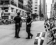 (street photo ny) Tags: new york city manhattan street photography nikonusa nikon d7200 2485mm candid black white blanco y negro world capital