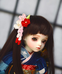 Red White and Pink Ume doll designs in various sizes. (Bright Wish Kanzashi) Tags: bjd bjdkanzashi dolls dollaccessory hairaccessory clip red pink white plumblossoms danglingkanzashi 球体関節人形 キャストドール 髪飾り つまみ細工 人形着物 手作り 梅 dollkanzashi yosd rosenliedsage 16th 16size