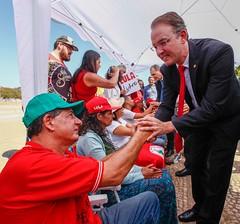Ato inter-religioso reúne Nobel da Paz em apoio a Lula e solidariedade a grevistas. Foto: Magno Romero           Data:14/agosto/2018 (PTnaCâmara) Tags: ato inter religioso nobel da paz solidariedade stf greve de fome deputados leo brito