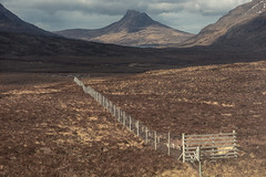 Stac Pollaidh (Happy Fence Friday) (Andrew G Robertson) Tags: hff happy stac pollaidh fence friday assynt scotland mountain coigach