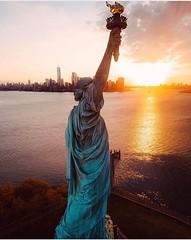 statue of liberty (Chateaux Manoirs) Tags: newyork newyorkcity statuedelaliberte statuofliberty amerique america usa patrickkalita ausgustebarthodi sculpture guadeloupe antilles